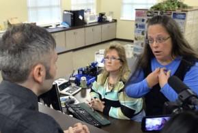 肯塔基州書記員入獄 同性戀者終獲結婚證書