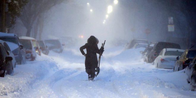 美東暴風雪籠罩航班大亂